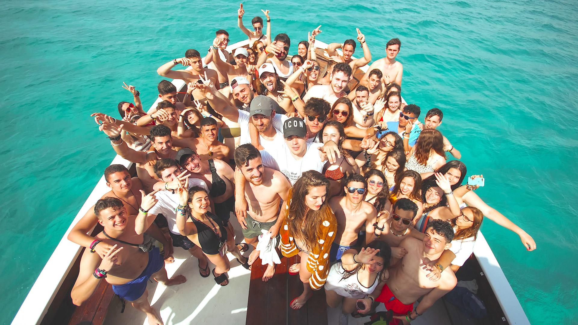 La mejor fiesta en barco de mallorca