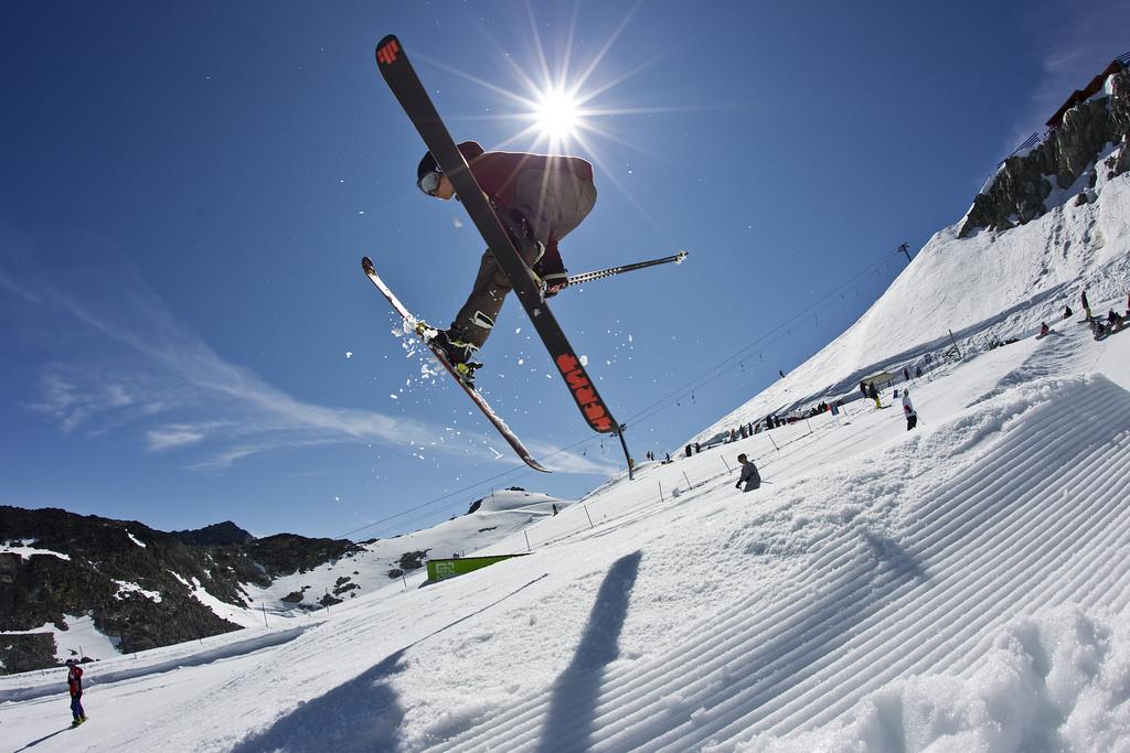 viajes a la nieve organizados para grupos: snow o ski para todos los niveles.